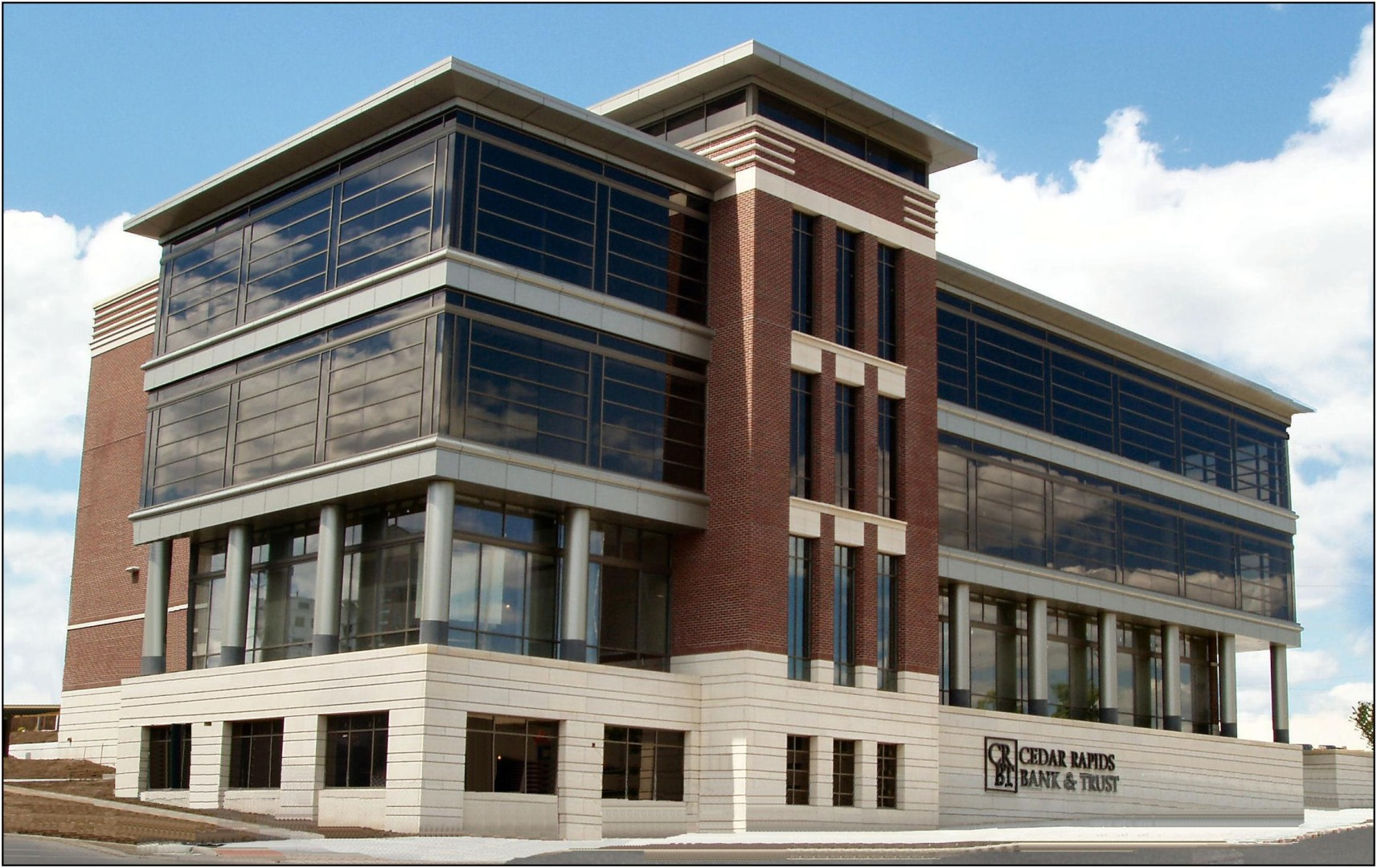 Cedar Rapids Bank and Trust (Cedar Rapids)