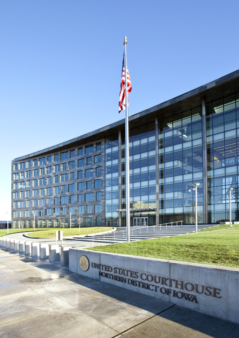Cedar Rapids Courthouse (Cedar Rapids)