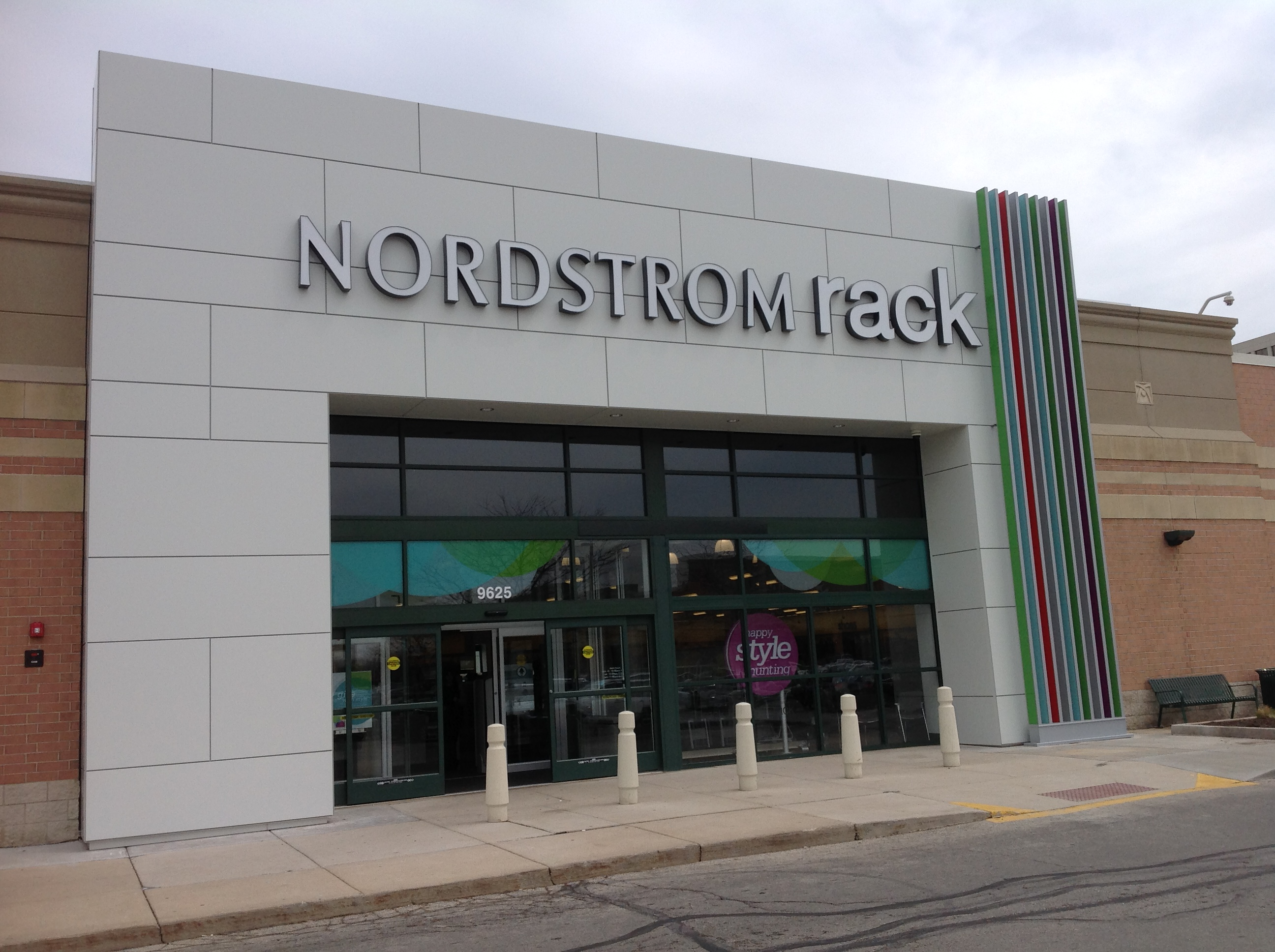 Stokie Nordstrom Rack (Stokie)