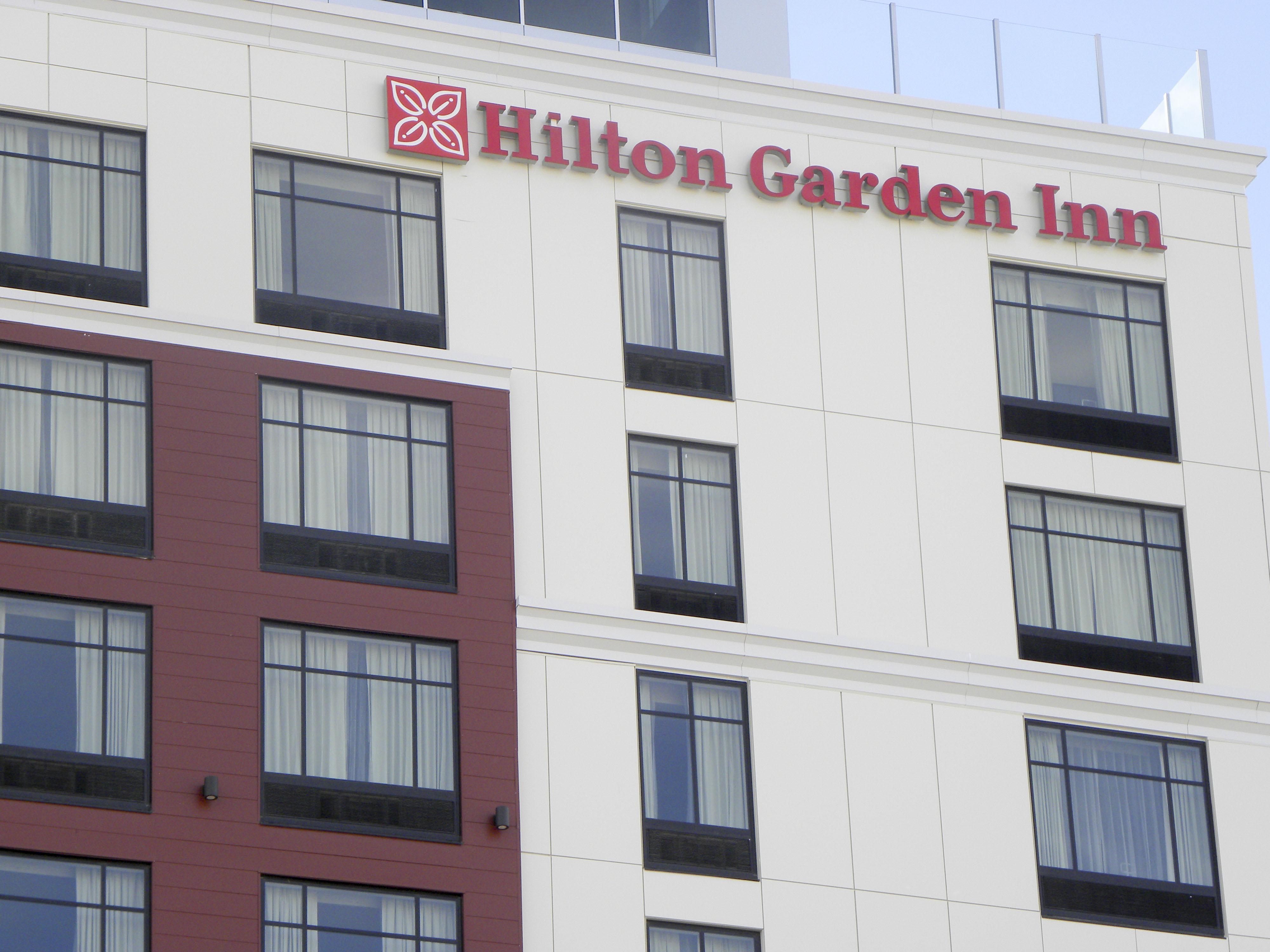 Hilton Garden Inn Dubuque Downtown Iowa Hotel 4489917 Salonurodyinfo