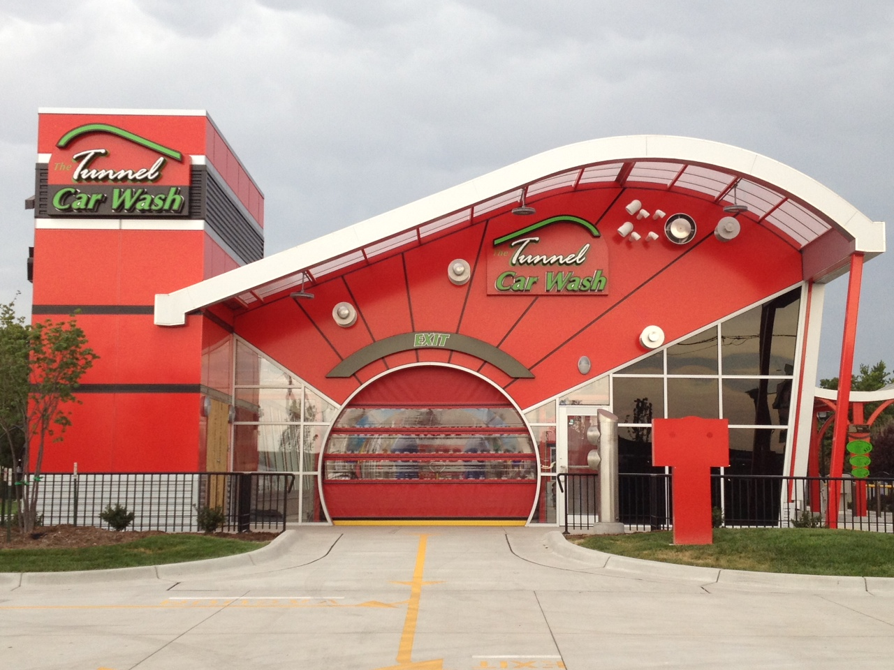 Tunnel Car Wash (Garden City)